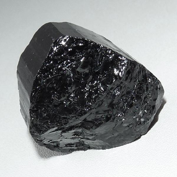 черный турмалин минерал шерл